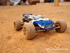 TWISTER TRUGGY 2WD 2.4G RTR (Photo 9)